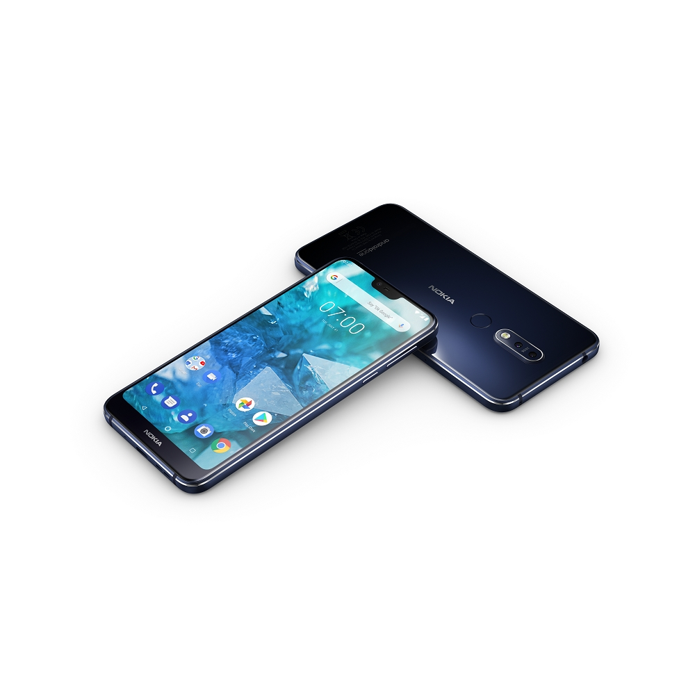 HMD Global Nokia 7.1 Midnight Blue Front and Back s